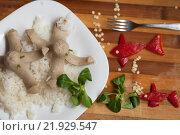 Осьминоги из сосисок с рисом. Стоковое фото, фотограф Дарья Филимонова / Фотобанк Лори