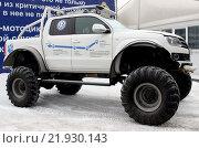 """Купить «Volkswagen Amarok """"Северный Волк""""», фото № 21930143, снято 21 февраля 2016 г. (c) Данила Васильев / Фотобанк Лори"""