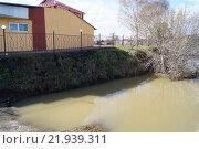 Жилой дом  спасен от воды. Стоковое фото, фотограф Гамаюнова Надежда / Фотобанк Лори