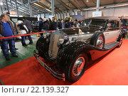 Купить «Немецкий автомобиль Horch-853A на выставочной экспозиции XXV Олдтаймер-Галереи И. Сорокина в Сокольниках, Москва», эксклюзивное фото № 22139327, снято 7 марта 2016 г. (c) Алексей Гусев / Фотобанк Лори