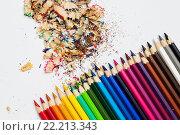 Купить «Цветные карандаши на листе бумаги», фото № 22213343, снято 19 декабря 2015 г. (c) Ермилова Арина / Фотобанк Лори