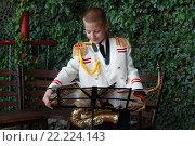 Мальчик военный музыкант. Стоковое фото, фотограф Коновалова Марина / Фотобанк Лори