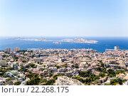 Купить «Марсель, Франция. Вид с холма Гард на город и острова Фриульского архипелага», фото № 22268175, снято 20 июля 2015 г. (c) Rokhin Valery / Фотобанк Лори