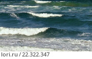 Купить «Sea Surf Waves with White Foam», видеоролик № 22322347, снято 29 февраля 2016 г. (c) Юрий Брыкайло / Фотобанк Лори