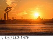 Закат на Неве на Адмиралтейской набережной зимой в Санкт-Петербурге (2016 год). Стоковое фото, фотограф Максим Мицун / Фотобанк Лори