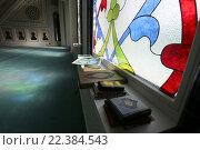Купить «Интерьер московской соборной мечети», фото № 22384543, снято 28 марта 2016 г. (c) Владимир Журавлев / Фотобанк Лори
