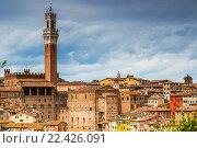 Купить «Архитектура Сиены, Италия», фото № 22426091, снято 11 мая 2014 г. (c) Наталья Волкова / Фотобанк Лори