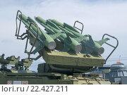 Купить «Советский зенитно-ракетный комплекс войсковой ПВО Куб-М1 ( 2К12М1, по классификации НАТО SA-6 Gainfu), в Тульском Музее Оружия, вид на поднятые ракеты», фото № 22427211, снято 4 июня 2015 г. (c) Малышев Андрей / Фотобанк Лори