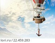 Купить «Woman traveling in aerostat», фото № 22459283, снято 24 марта 2014 г. (c) Sergey Nivens / Фотобанк Лори