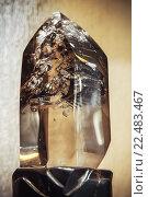 Купить «Прозрачный кристалл кварца», фото № 22483467, снято 2 декабря 2014 г. (c) EugeneSergeev / Фотобанк Лори