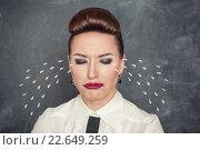 Купить «Деловая женщина плачет», фото № 22649259, снято 26 января 2014 г. (c) Darkbird77 / Фотобанк Лори