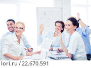 Купить «business team having meeting in office», фото № 22670591, снято 9 июня 2013 г. (c) Syda Productions / Фотобанк Лори