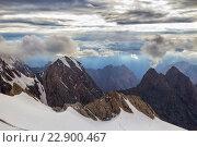 Красивые вершины на Памире. Стоковое фото, фотограф Александр Усик / Фотобанк Лори