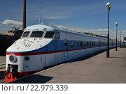 Купить «Электропоезд ЭР 200-101 в железнодорожном музее в бывшем Варшавском вокзале в Санкт-Петербурга», фото № 22979339, снято 12 мая 2016 г. (c) Максим Мицун / Фотобанк Лори