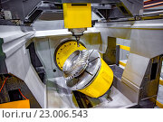 Купить «Metalworking CNC milling machine.», фото № 23006543, снято 27 мая 2016 г. (c) Андрей Армягов / Фотобанк Лори