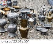 Посуда Адыгеи на земле. Стоковое фото, фотограф Сергей Калинкин / Фотобанк Лори