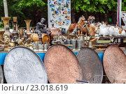 Сувенирная лавка в горах Адыгеи. Стоковое фото, фотограф Сергей Калинкин / Фотобанк Лори