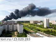 Купить «Пожар в Зелеенограде», фото № 23020283, снято 31 мая 2016 г. (c) Володина Ольга / Фотобанк Лори