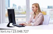 Купить «businesswoman with computer typing at office», видеоролик № 23048727, снято 17 марта 2016 г. (c) Syda Productions / Фотобанк Лори