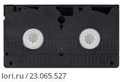 Купить «Видеокассета стандарта VHS, изолировано на белом фоне», фото № 23065527, снято 9 апреля 2016 г. (c) Игорь Долгов / Фотобанк Лори