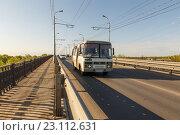 Купить «Мост через реку Самарку», фото № 23112631, снято 11 мая 2016 г. (c) Акиньшин Владимир / Фотобанк Лори