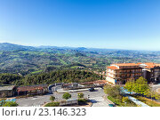 Купить «Сан Марино и Апеннинские горы. Вид на гору Монте-Титано», фото № 23146323, снято 6 ноября 2013 г. (c) Евгений Ткачёв / Фотобанк Лори