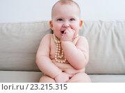 Купить «Маленькая девочка», фото № 23215315, снято 7 апреля 2016 г. (c) Кузнецов Дмитрий / Фотобанк Лори