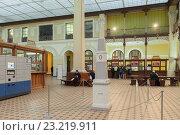 Купить «Интерьер центрального почтамта (Главпочтамт) в Санкт-Петербурге», фото № 23219911, снято 20 октября 2015 г. (c) Anna P. / Фотобанк Лори