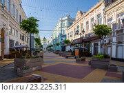 Купить «Обновлённый переулок Соборный», фото № 23225311, снято 3 июля 2016 г. (c) Борис Панасюк / Фотобанк Лори
