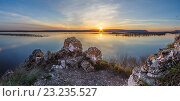 Закат на Волге. Стоковое фото, фотограф Иван Железнов / Фотобанк Лори