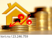 Купить «Красный значок процента на фоне денег», фото № 23246759, снято 13 февраля 2016 г. (c) Сергеев Валерий / Фотобанк Лори