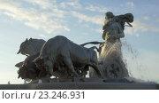 Купить «The Gefion Fountain in Copenhagen, Denmark», видеоролик № 23246931, снято 26 апреля 2016 г. (c) Данил Руденко / Фотобанк Лори