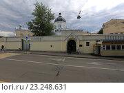 Купить «Москва. Иоанна-Предтеченский женский монастырь», эксклюзивное фото № 23248631, снято 8 июля 2016 г. (c) Яна Королёва / Фотобанк Лори