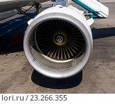 Купить «Реактивный двигатель современного пассажирского лайнера Airbus A321», фото № 23266355, снято 1 июня 2016 г. (c) Вячеслав Палес / Фотобанк Лори