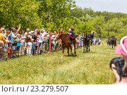 Купить «Девочка казачка скачет на лошади», фото № 23279507, снято 18 июня 2016 г. (c) Акиньшин Владимир / Фотобанк Лори