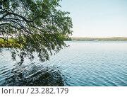 Озеро. Стоковое фото, фотограф Настя Стоянова / Фотобанк Лори