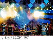 """Купить «Международный фестиваль этнической музыки """"Мир сибири"""" 2016, выступление хедлайнеров», фото № 23294167, снято 8 июля 2016 г. (c) Игорь Боголюбов / Фотобанк Лори"""