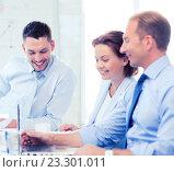 Купить «business team having meeting in office», фото № 23301011, снято 9 июня 2013 г. (c) Syda Productions / Фотобанк Лори
