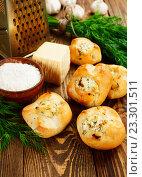 Купить «Булочки с сыром», фото № 23301511, снято 21 июля 2016 г. (c) Надежда Мишкова / Фотобанк Лори