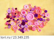 Купить «Набор кнопок для шитья», фото № 23349235, снято 28 февраля 2016 г. (c) Elena Molodavkina / Фотобанк Лори