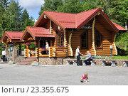 Купить «Рускеала. Карелия. Домик туристического центра», фото № 23355675, снято 14 июля 2016 г. (c) Владимир Кошарев / Фотобанк Лори