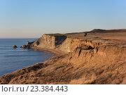 Купить «Обрывистые, скалистые берега, Тамань», фото № 23384443, снято 4 ноября 2014 г. (c) Виктор Затолокин/Victor Zatolokin / Фотобанк Лори