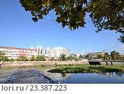 Купить «Город Сочи и река Сочи», фото № 23387223, снято 22 сентября 2014 г. (c) Александр Карпенко / Фотобанк Лори