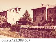 Купить «street of Aragon village in Pyrenees. Sarvise», фото № 23388667, снято 4 июля 2013 г. (c) Яков Филимонов / Фотобанк Лори