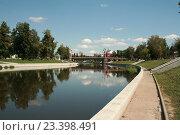 Купить «Река Орлик.Город Орел.», фото № 23398491, снято 5 августа 2016 г. (c) Александр Плахов / Фотобанк Лори