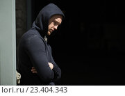 Купить «close up of addict man on street», фото № 23404343, снято 9 июня 2016 г. (c) Syda Productions / Фотобанк Лори