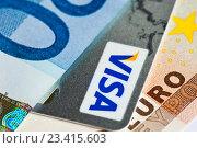 Купить «Банкноты евро и пластиковая карточка Visa», фото № 23415603, снято 20 августа 2016 г. (c) E. O. / Фотобанк Лори