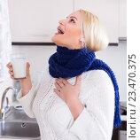 Купить «Woman standing with gargle solution», фото № 23470375, снято 18 июля 2018 г. (c) Яков Филимонов / Фотобанк Лори