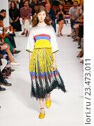 Купить «MILAN, ITALY - SEPTEMBER 25: A model walks the runway during the Marco De Vincenzo fashion show as part of Milan Fashion Week Spring/Summer 2016 on September 25, 2015 in Milan, Italy.», фото № 23473011, снято 25 сентября 2015 г. (c) Anton Oparin / Фотобанк Лори