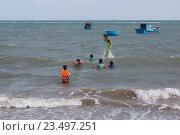 Купить «Вьетнам, Южно-Китайское море», фото № 23497251, снято 25 июня 2014 г. (c) Рашит Загидуллин / Фотобанк Лори